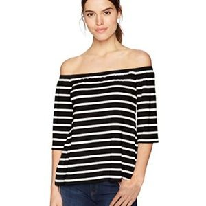 New BB Dakota Stitchfix off shoulder striped top
